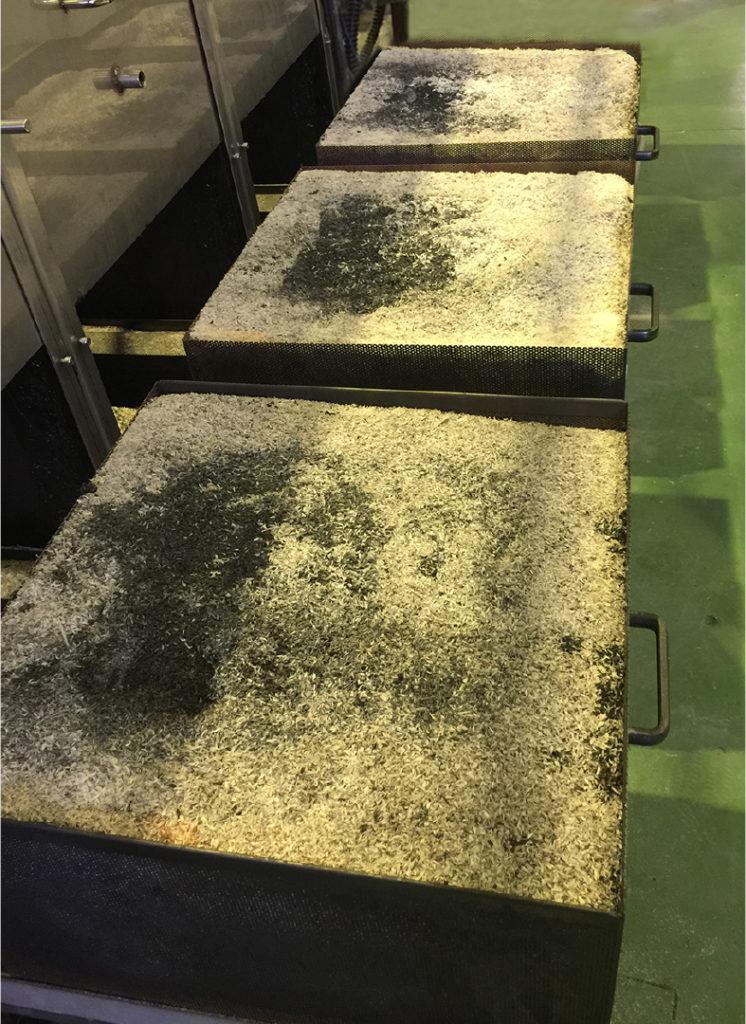 生成されたモミ殻シリカ