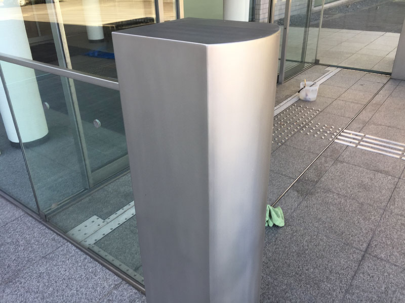 SUS製玄関柱 施工後